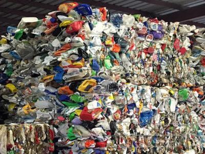 Commingle Plastic - single stream recycling